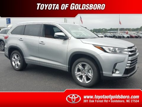 New 2018 TOYOTA HIGHLANDER LIMITED V6 FWD