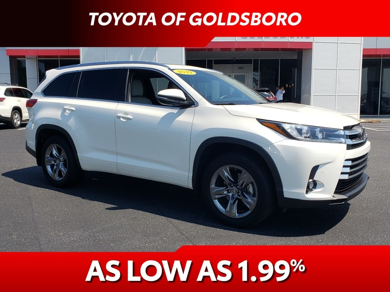 Pre-Owned 2019 TOYOTA HIGHLANDER LIMITED V6 AWD