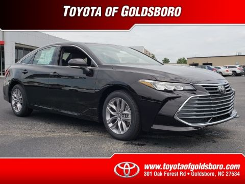 New 2019 TOYOTA AVALON XLE